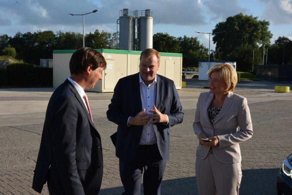 Mit Julia Klöckner und Albert Stegemann bei der Emsland Group